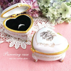 Pure Ring Case Heart Initial