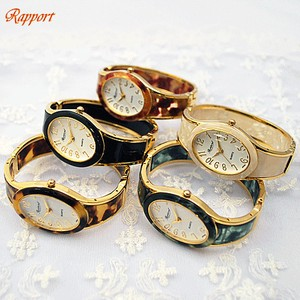 Pole Watch Design Oval Bangle Watch Oval Dial Gold Type
