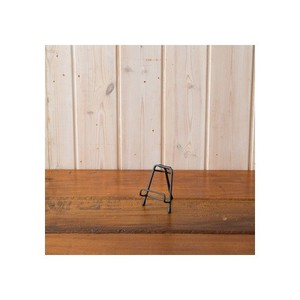 Iron Easel Ornament