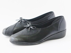Light-Weight Soft Material Combi Ribbon Shoes