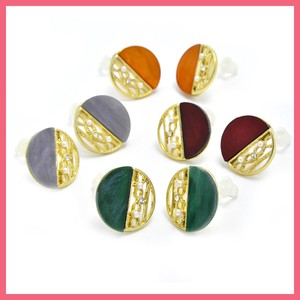 Watermark Color Circle Motif Resin Pierced Earring