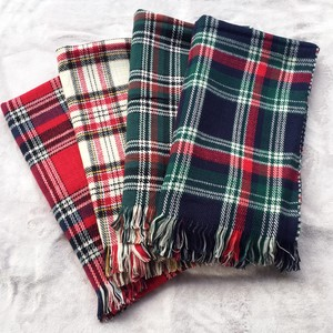 Checkered Large Format Stole Scarf Funwari Soft Reversible Type