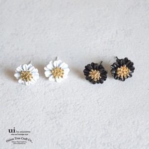 Pierced Earring Flower Flower Margaret Gift Accessory