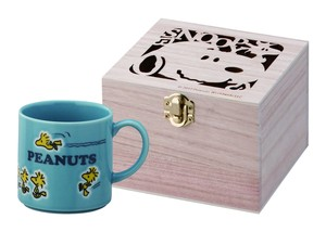 Snoopy Colorful Peanuts Wood Boxed Mug