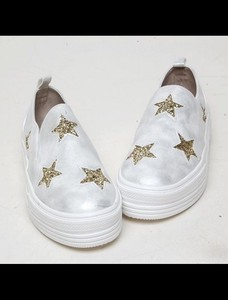 Star Pattern Gold Slippon Shoes