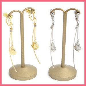 Metal Shell Stick Earring
